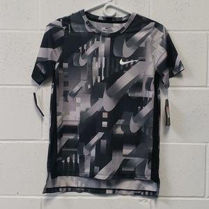 NWT Nike Boys Dry Shirt Sz L